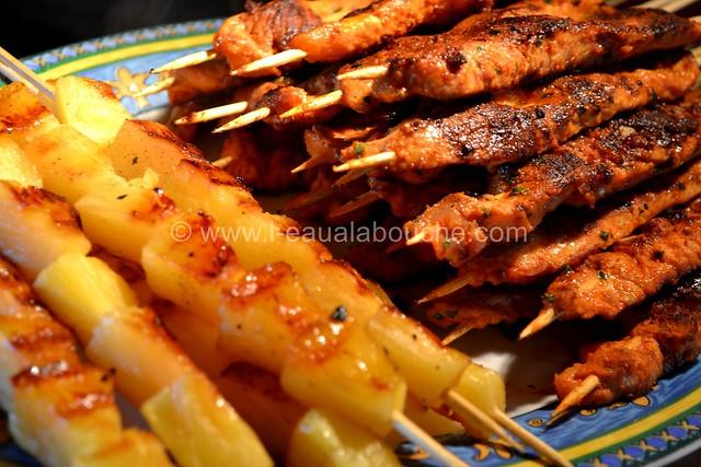 Brochettes de Dinde au Curry Rouge et Ananas © Ana Luthi Tous droits réservés 0017