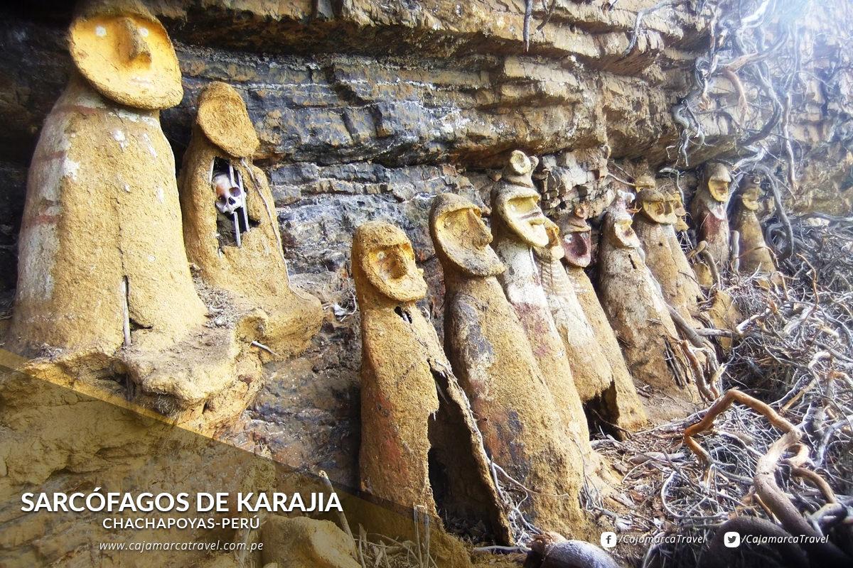 Son tumbas pre incas de 1000 años de antigüedad enclavadas en lo alto de un precipicio.