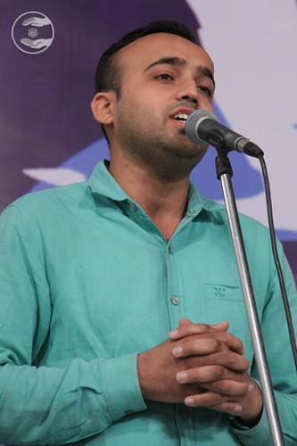 Devotional song by Manoj Dhingra from Moragabad