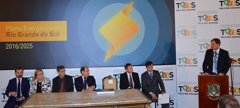 Secretário no lançamento do Plano Energético