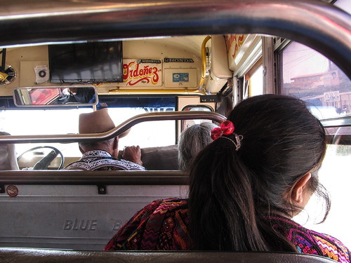 Chichicastenango: dans un chicken bus, retour vers Panajachel