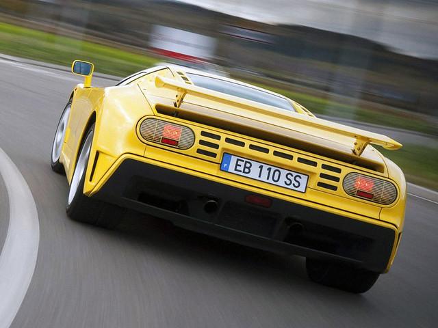 Суперкар Bugatti EB110 SS. 1993 – 1995 годы