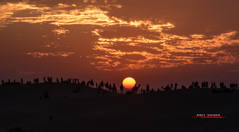 Carnival at Sunset - Sam Sand Dunes