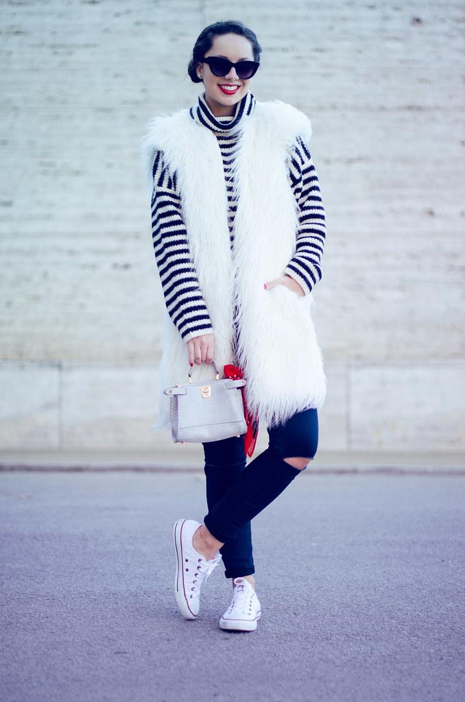 Qué look ponerte con un chaleco de pelo blanco