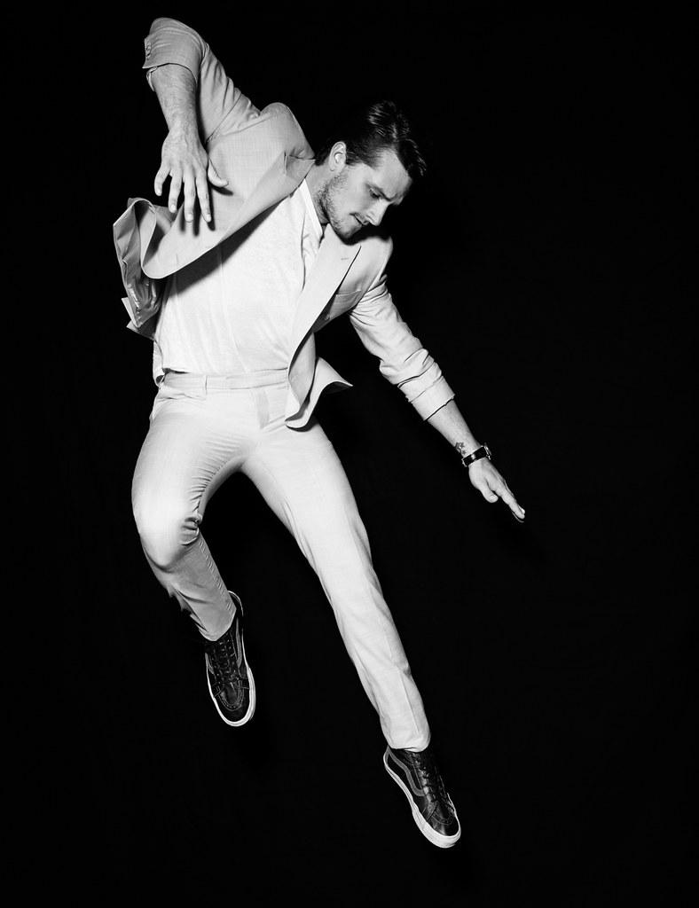 Джош Хатчерсон — Фотосессия для «Flaunt» 2015 – 4