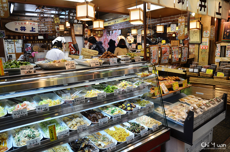 [日本。京都]錦市場井上佃煮店。巧克力可樂餅,嘗鮮甜鹹炸物