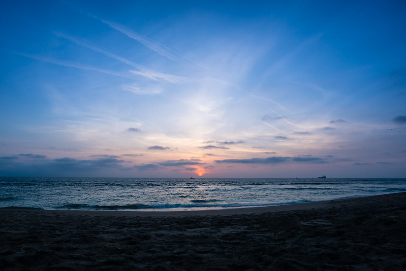 79-366 Sunset in LA