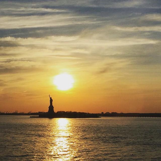 #nyc #newyork #statueofliberty at #sunset