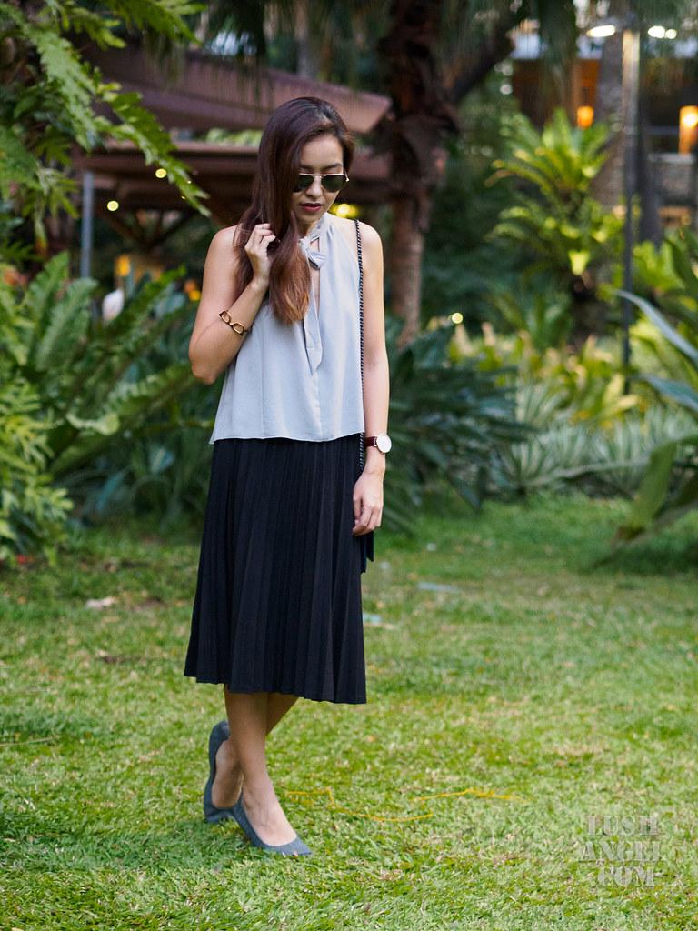 midi-pleated-skirt