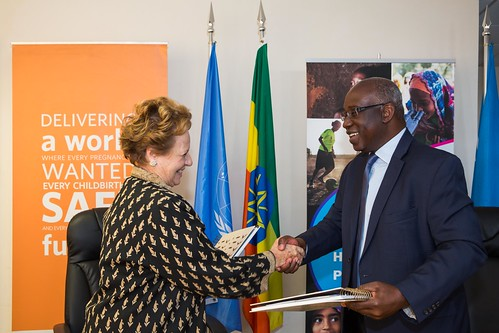 Ms Gillian Mellsop of UNICEF Ethiopia and Mr. Faustin Yao, Representative UNFPA Ethiopia signed MoU