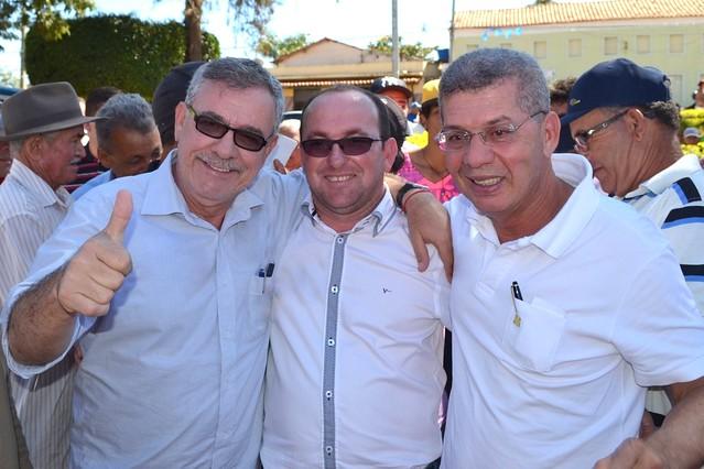 Jânio Quadros: investimentos em pavimentação, saúde e abastecimento somam mais de R$ 1 milhão