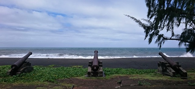 saint paul volcanic beach black sand