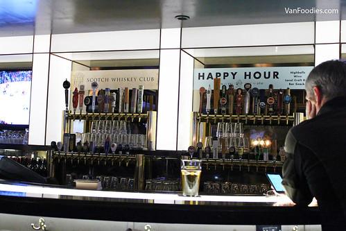 Bar at Blackbird