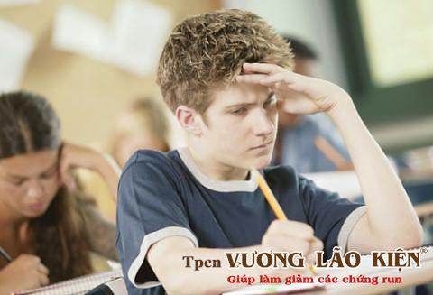 Rối loạn thần kinh thực vật – nguyên nhân phổ biến gây run tay ở người trẻ