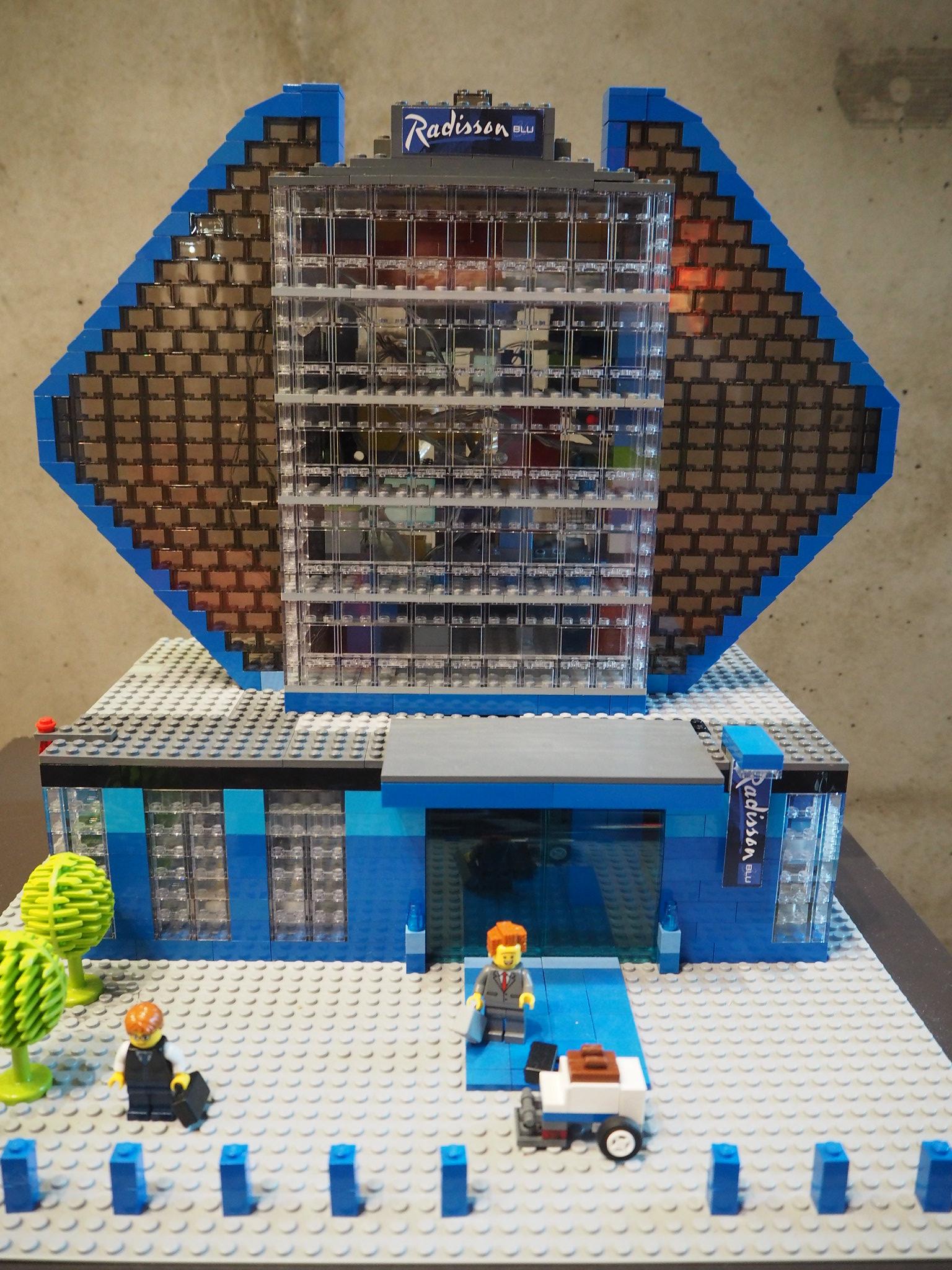 Radisson Blu Frankfurt - Lego Style