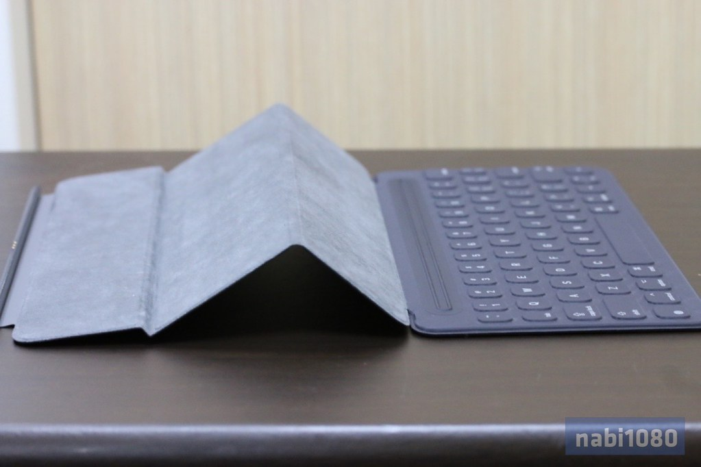 iPad Pro 9.7 Smart Keyboard10