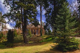 400 Cedar Ridge