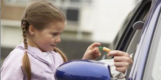 Trẻ mầm non nghe lời người lạ hơn cha mẹ liệu có đáng lo?