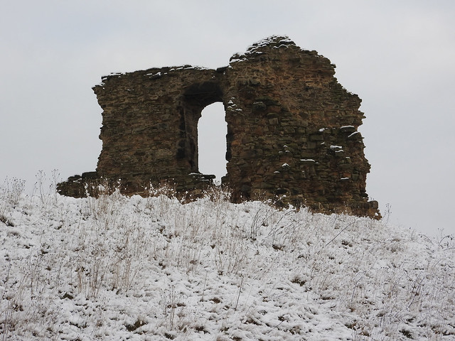 Sandal Castle Ruin 2 - Copy