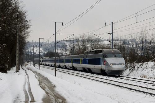 TGV Paris - Annecy / Milan près de Bourgoin Jallieu
