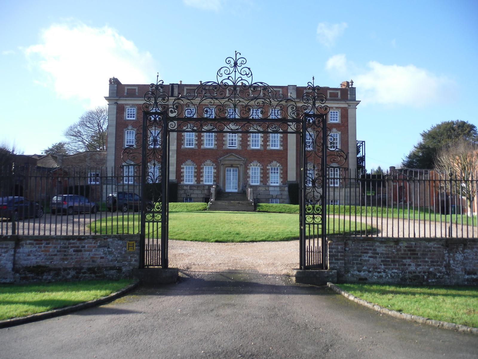 Chitlon House with gate SWC Walk 191a Haddenham Circular (w/o Brill)