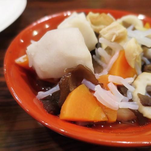 この「こづゆ」は、地域や家庭にによっても具材や味付けが違うらしい。今日のはとても美味しかったですよ。