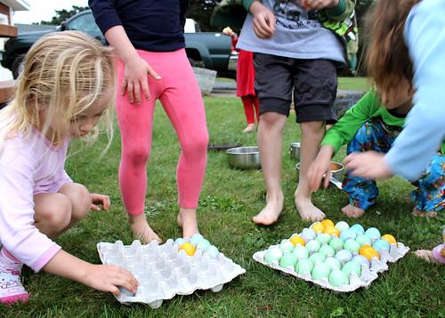 Kids-Storing-Eggs