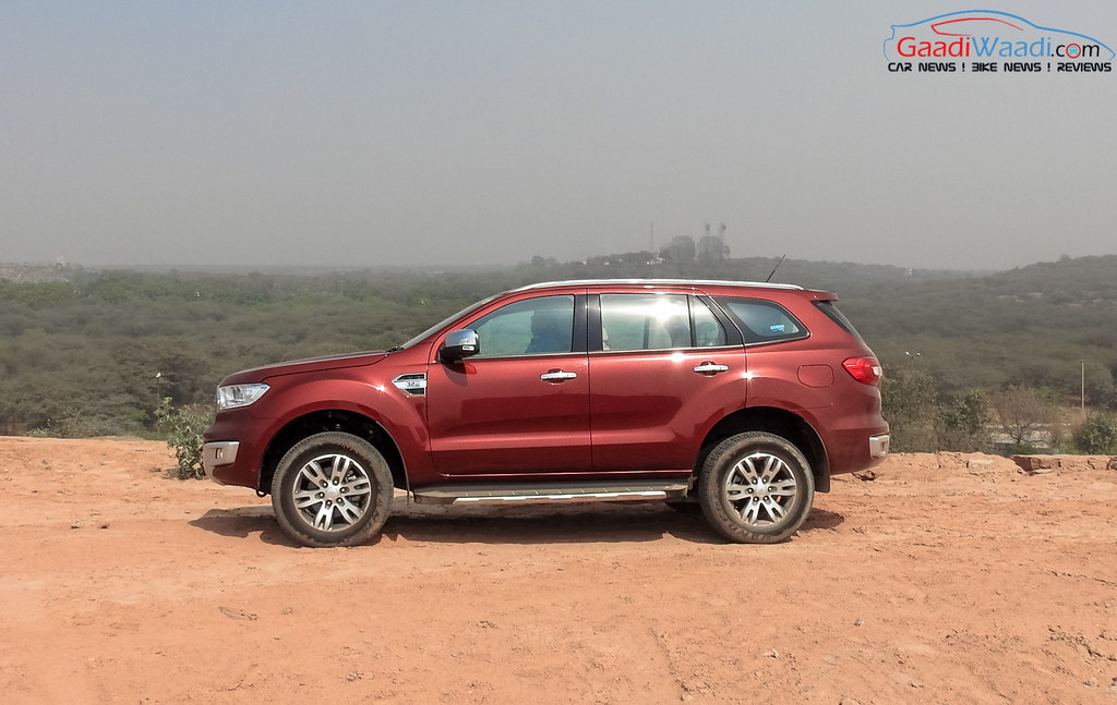 2016 ford endeavour 3.2 india side