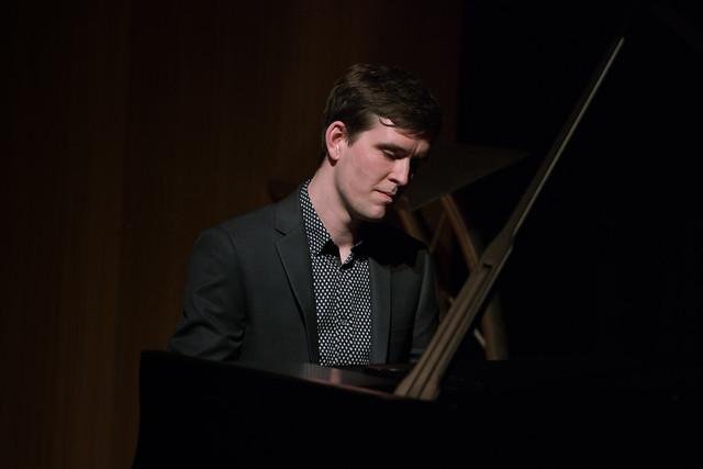 Colin J. Scott plays piano at a Jette Parker Young Artists' recital ©  Roger Way. 2016