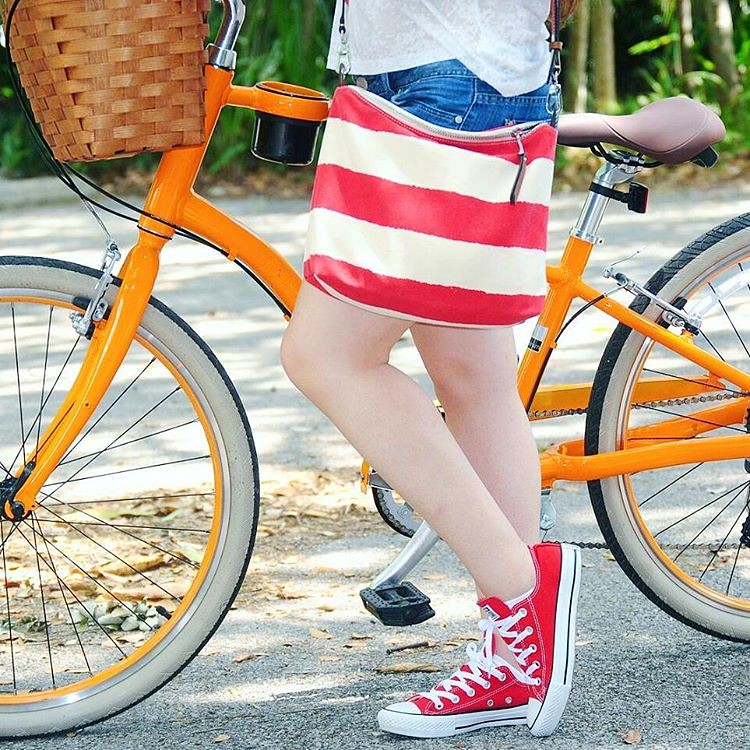 Saturdays. 🚲❤ #Earnestyle #comingsoonontheblog