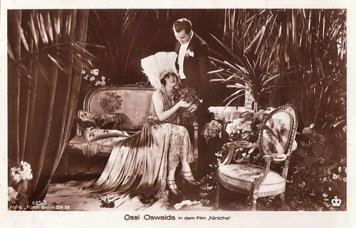 Ossi Oswalda and Livio Pavanelli in Niniche (1925)