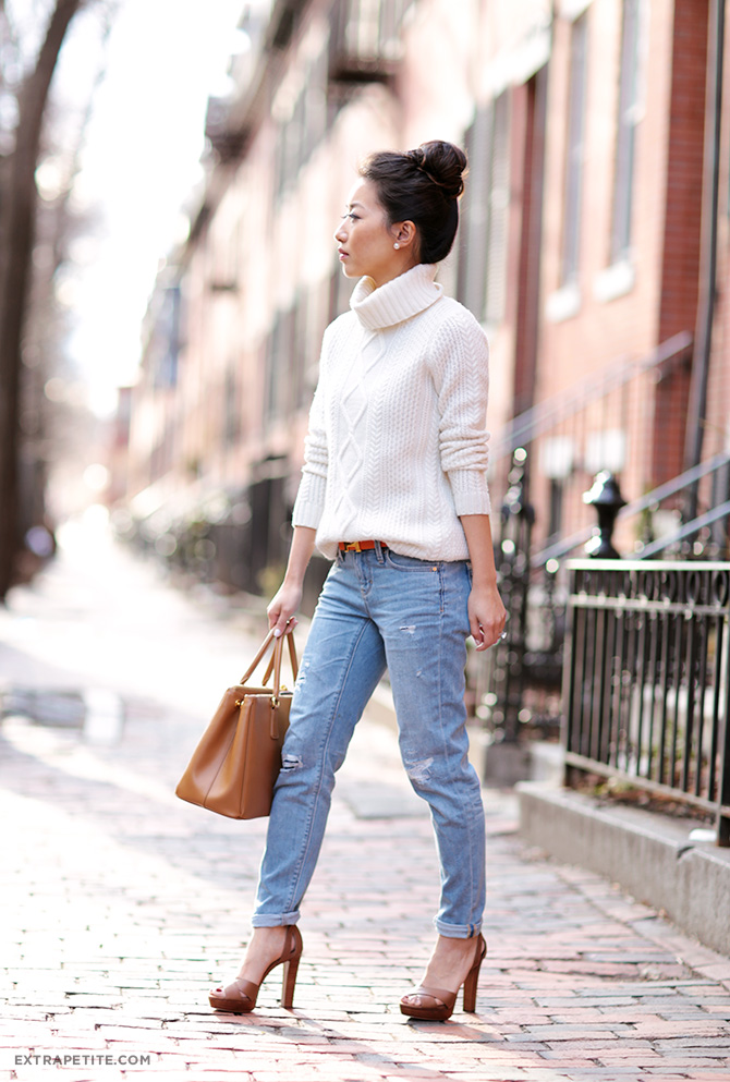 cable cream sweater casual boyfriend jeans petite fashion