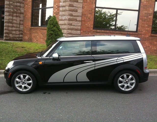 Mini Cooper Clubman - Custom Puma Stripes