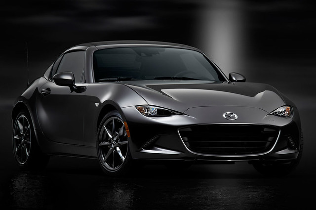 2017-Mazda-MX-5-Miata-RF-roof-in-place