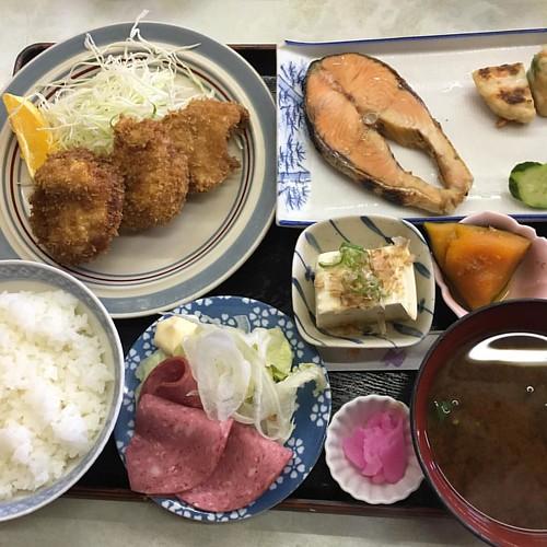 きょーのお昼は居酒屋ランチ!!うめぇ〜〜 #japan #japanese #japanesefood #lunch
