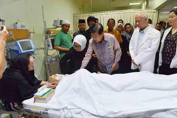 Wakil Presiden Jusuf Kalla mengunjungi Almarhum H.M Sani