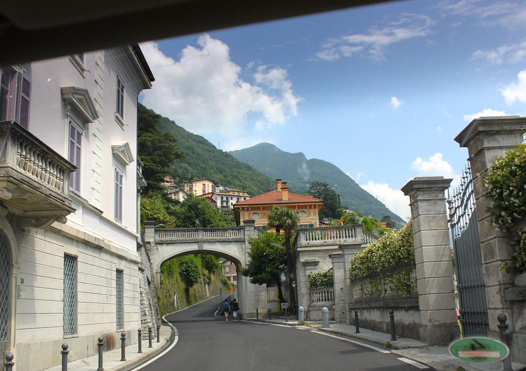 Comon kaunis länsiranta Carate Urio ja Luganojärvi