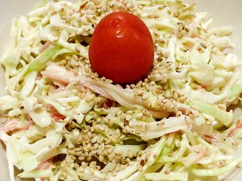 カニかまとキャベツのサラダ