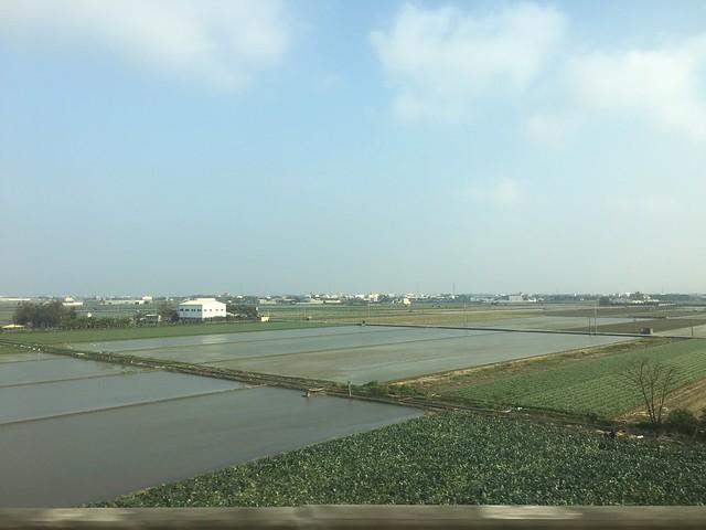 高鐵上的嘉南平原