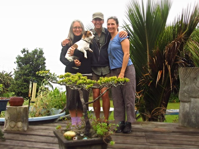 Victoria, Scooter, Alex and Erin - last morning in Golden Bay