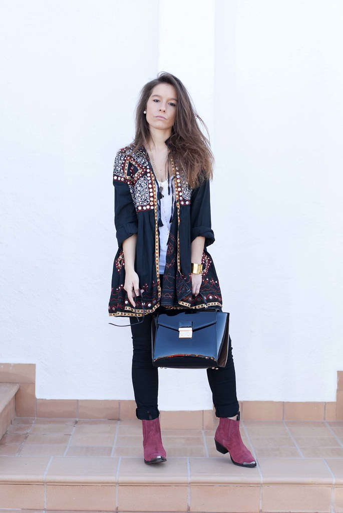 02_boho_outfit_in_black