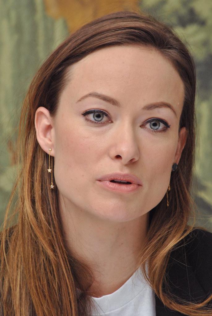 Оливия Уайлд — Пресс-конференция «Винил» 2015 – 46