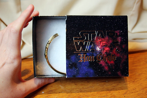 Han Cholo lightsaber braclet - Think Geek exclusive