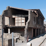 Casa en ruinas, pero bien conservada