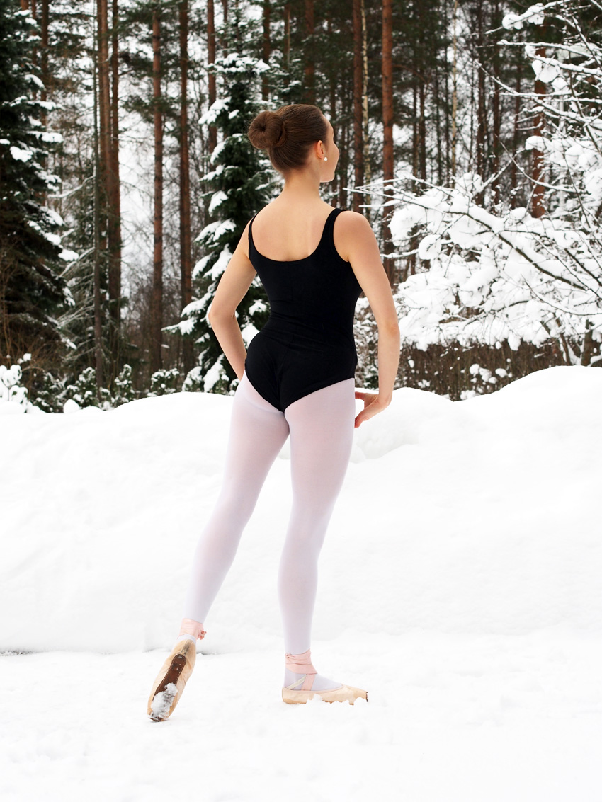 Balettikuvia-Veera-Merenhelmi-1