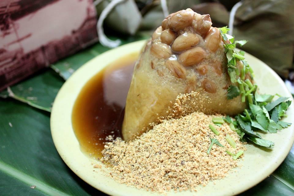 圓環頂菜粽肉粽の月桃葉菜粽