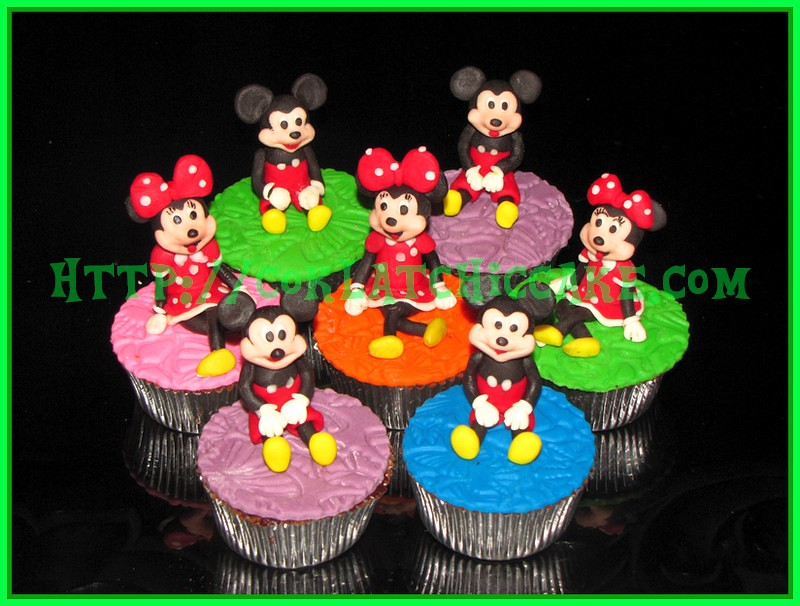 Cupcake Mickey Mouse dan Cupcake Minnie mouse