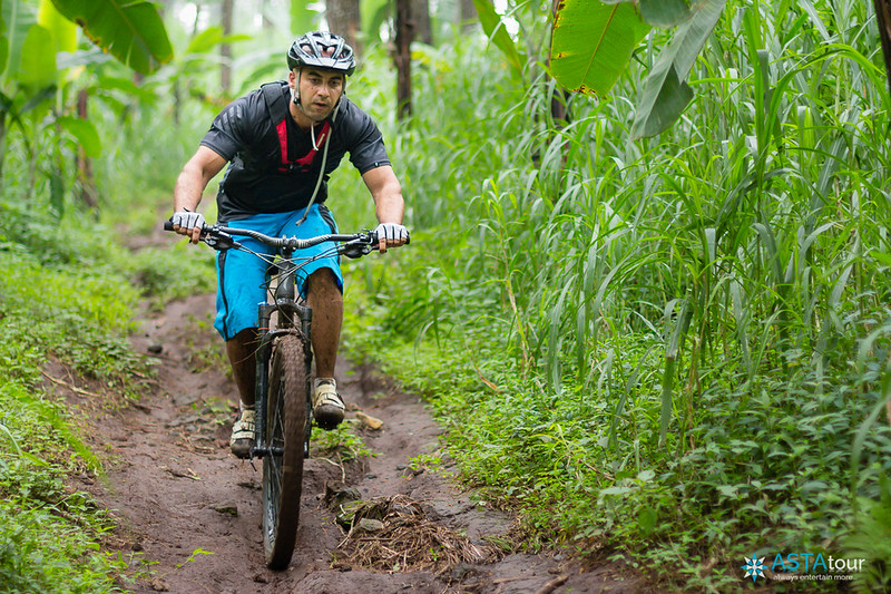 Ride on technical trail : Tutur - Welang