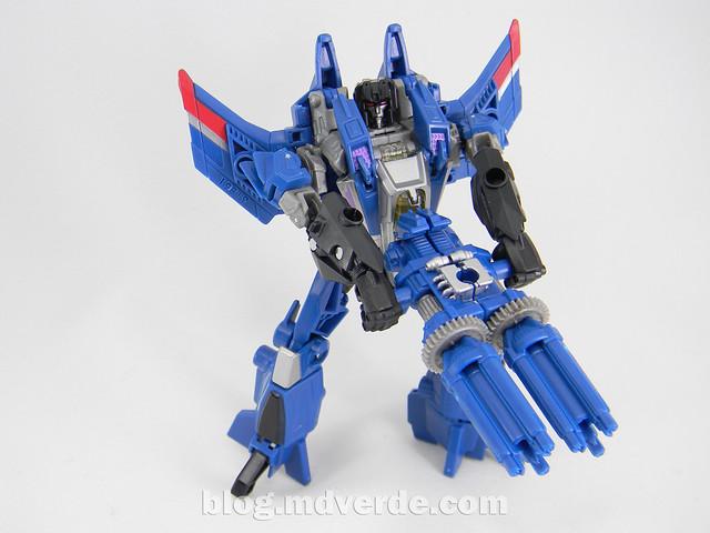 Transformers Thundercracker Deluxe - Generations - modo robot