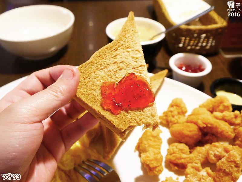 25704097242 bbf1e72ba4 b - 7分SO美式廚房(朝富店),最愛的是美式蛋捲,早餐還有附上一杯滿滿果肉的奇異果汁。